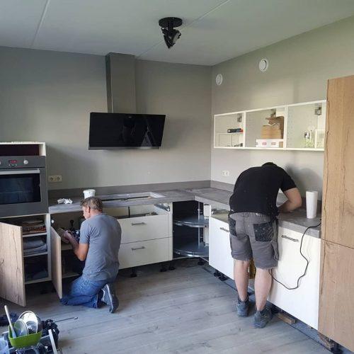 Betonnen keukenblad en houtenfronten Project 1.2